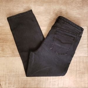 Free People Cropped sz 31 womens highrise jeans